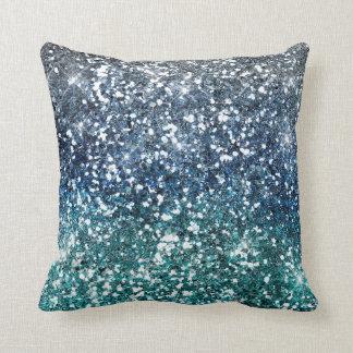 Mirada azul del brillo del trullo de plata almohadas