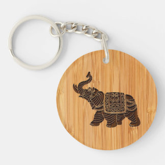 Mirada de bambú y elefante tailandés retro grabado llavero redondo acrílico a doble cara