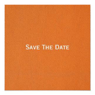 """Mirada de cuero anaranjada invitación 5.25"""" x 5.25"""""""