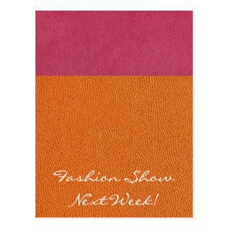 Mirada de cuero rosada y anaranjada tarjeta postal