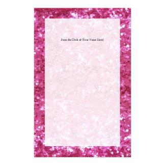 Mirada del brillo de las rosas fuertes  papeleria de diseño