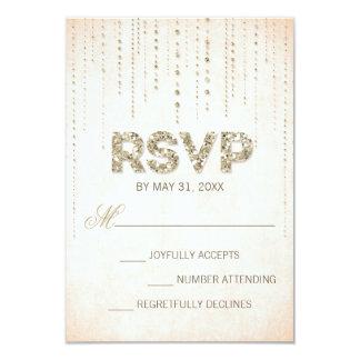 Mirada del brillo del oro que casa la tarjeta de invitación personalizada