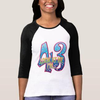 Mirada del delirio de 43 edades camisas