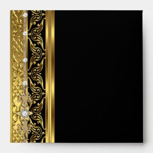 Mirada elegante del diamante del oro del sobre