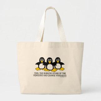 Mirada fija ardiente de los bolsos de los pingüino bolsa tela grande