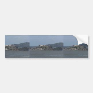 Mirada hermosa de la isla de Alcatraz Etiqueta De Parachoque