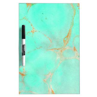 Mirada pintada trullo abstracto de mármol de la pizarra blanca