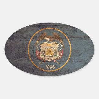 Mirada resistida bandera de Utah Pegatina Ovalada