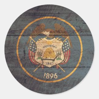 Mirada resistida bandera de Utah Pegatina Redonda