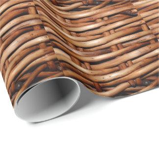 Mirada rugosa de la cesta de mimbre papel de regalo