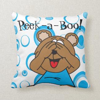Mire a escondidas un oso azul del abucheo cojín decorativo
