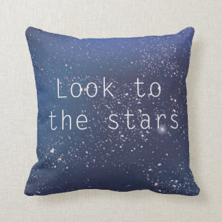 Mire a la almohada azul de la galaxia de las