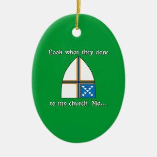 Mire lo que ellos hechos a mi iglesia, mA… Adorno Ovalado De Cerámica