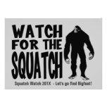 Mire para la invitación de la caza de Squatch Bigf