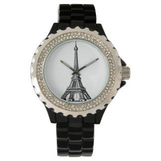 Mire para la torre Eiffel de las mujeres dentro Relojes De Pulsera