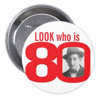 Mire quién es botón de la foto 80/insignia rojos y pin redondo de 3 pulgadas