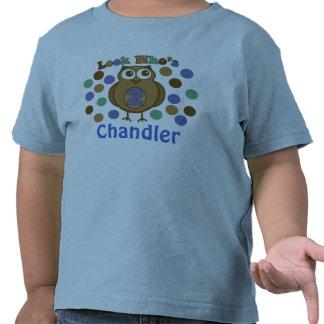 Mire quién es camisa del muchacho del cumpleaños