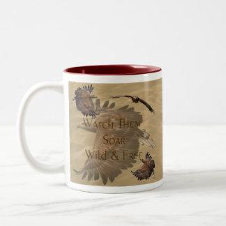 Mírelos elevarse, salvaje y liberar - los animales taza de café