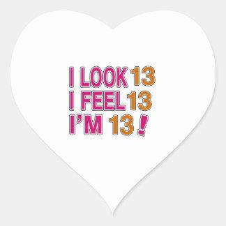 Miro y siento 13 pegatina en forma de corazón