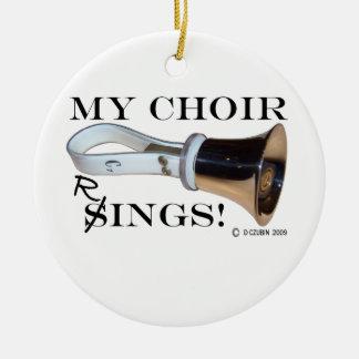 Mis anillos del coro adorno navideño redondo de cerámica