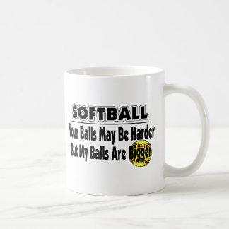 Mis bolas son más grandes taza