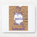 Mis cabras alpinas comieron mi preparación alfombrilla de ratones