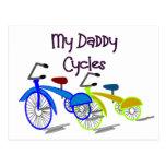 Mis ciclos del papá--Niños Biking las camisetas Postal
