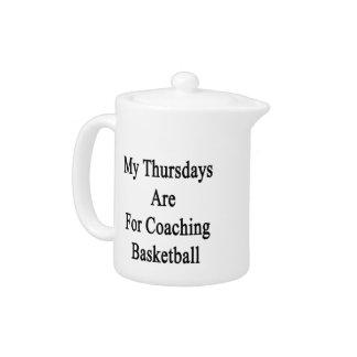 Mis jueves están para el baloncesto que entrena