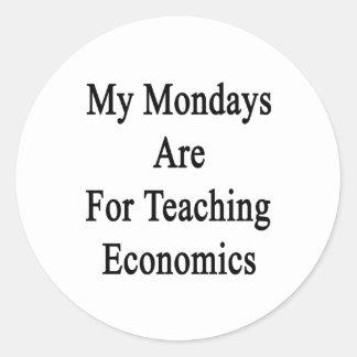 Mis lunes están para la economía de enseñanza pegatina redonda