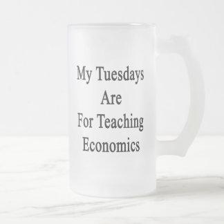 Mis martes están para la economía de enseñanza taza de cristal
