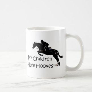 Mis niños tienen taza ecuestre del caballo de los