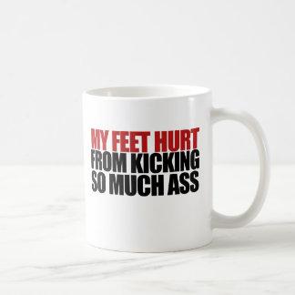 Mis pies dañados taza básica blanca