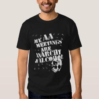Mis reuniones del AA son anarquía y alcohol Playeras