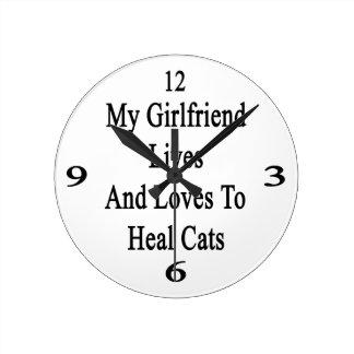 Mis vidas y amores de la novia para curar gatos reloj de pared