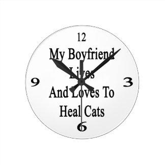 Mis vidas y amores del novio para curar gatos relojes