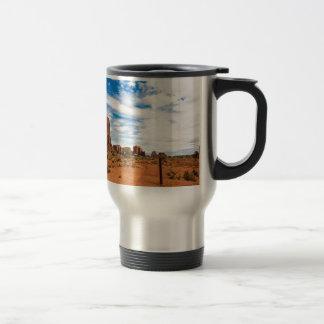 Miscellaneous - Monument Valley Fourteen Travel Mug