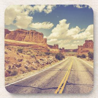 Miscellaneous - Scenic USA Road Two Posavasos De Bebidas