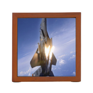misil de lanzamiento del jet f-15