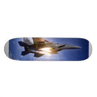misil de lanzamiento del jet f-15 tabla de patinar