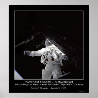 Misión de Russell L. Schweickart Apolo 9 del astro Poster