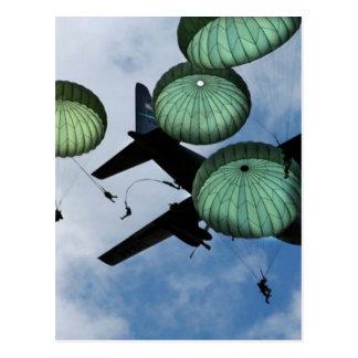 Misión total del salto, paracaídas, ejército ameri postal