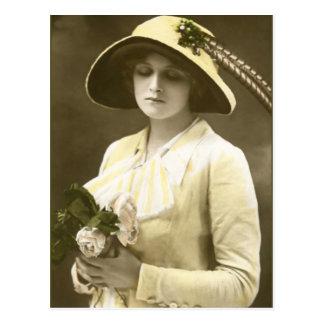 Miss Gladys Cooper [1888-1971] Postcard