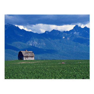Mission Mountains, Flathead Valley, Montana, USA Postcard