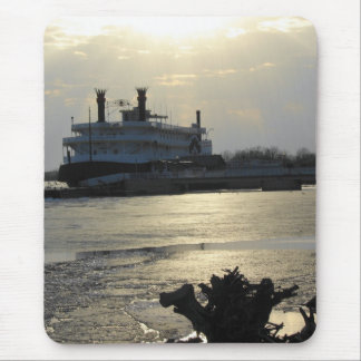 Mississippi River Sunset in Winter Mouse Pad