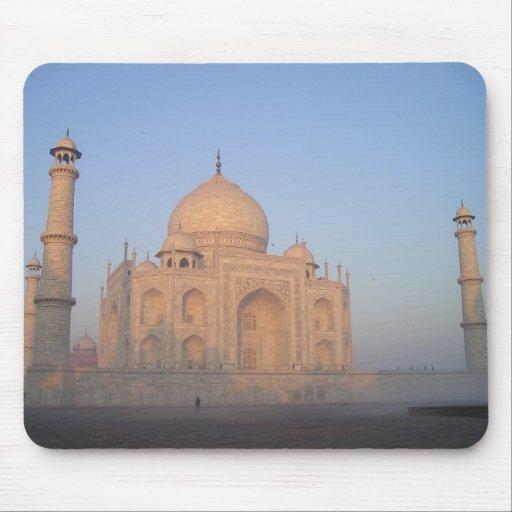 Mística el Taj Mahal Alfombrillas De Ratón