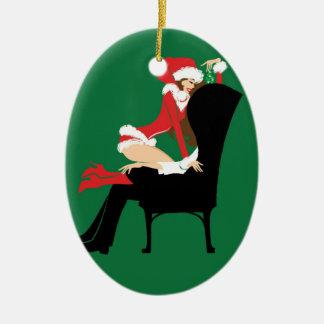 Mistletoe Oval Ornament