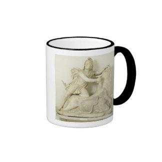 Mithras que sacrifica la Bull, alivio de mármol, r Taza A Dos Colores