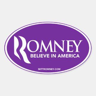 Mitt Romney cree en el pegatina oval púrpura de