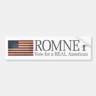 Mitt Romney - voto para un americano REAL Pegatina De Parachoque