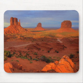 Mittens, Monument valley, AZ Mouse Pad